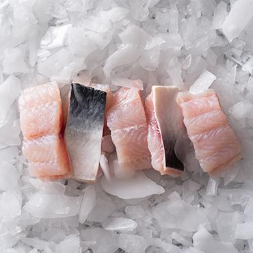 Cá Cắt Khúc Từ Cá Fillet, Còn Da, Còn Dè